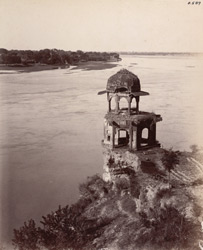 Agra. Chini-ka-Rauza. Octagonal tower on the north-west side of the building from the roof of the Rauza looking up the river